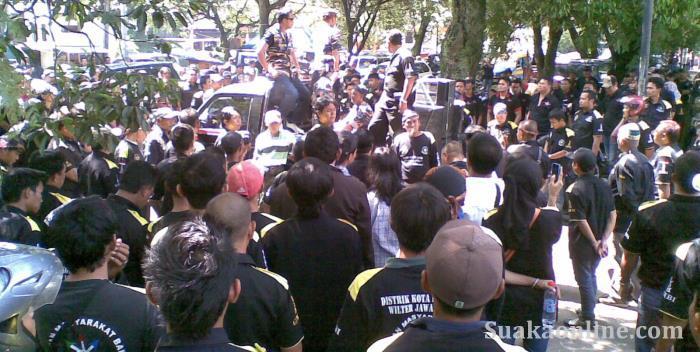 Demonstrasi GMBI