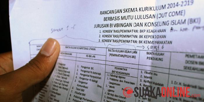 Rancangan kurikulum 2014-2019 Jurusan Bimbingan Konseling Islam. (Foto : Dede Lukman Hakim)